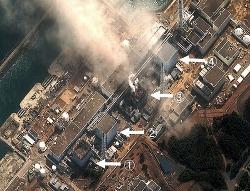 20110318mog00m040021000p_size5福島原発上空写真.jpg